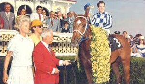 Secretariat in the Preakness winner circle
